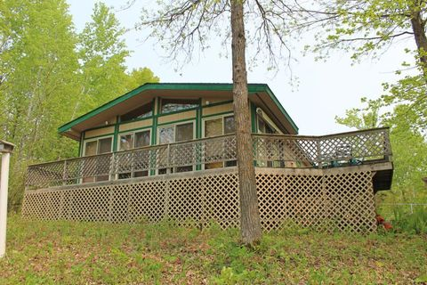 Photo of 4717 Red Pine Dr Nw, Hackensack, MN 56452