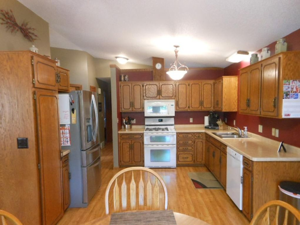 905 3rd St N, Cold Spring, MN 56320