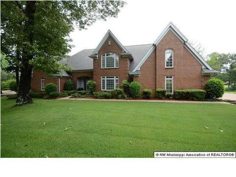 5365 Wedgewood Dr, Olive Branch, MS 38654