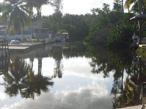 92 Egret Ln, Everglades City, FL 34139