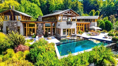 Seattle Wa Houses For Sale With Swimming Pool Realtorcom