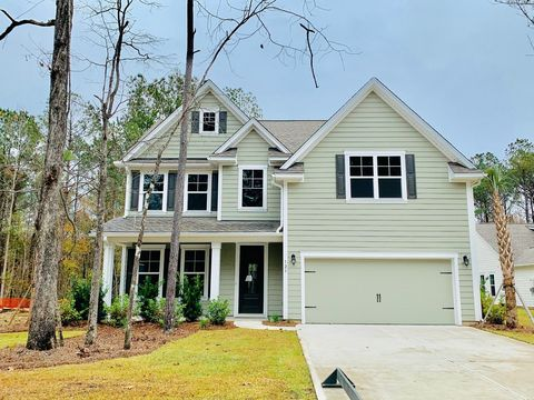 Photo of 123 Beam St, Huger, SC 29450