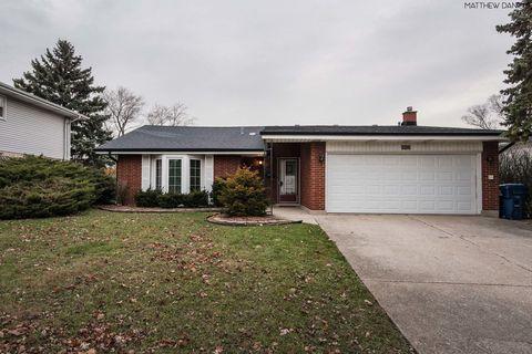 Photo of 8822 Nida Ct, Hickory Hills, IL 60457