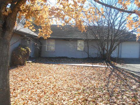 Photo of 205 E College St, Ash Grove, MO 65604