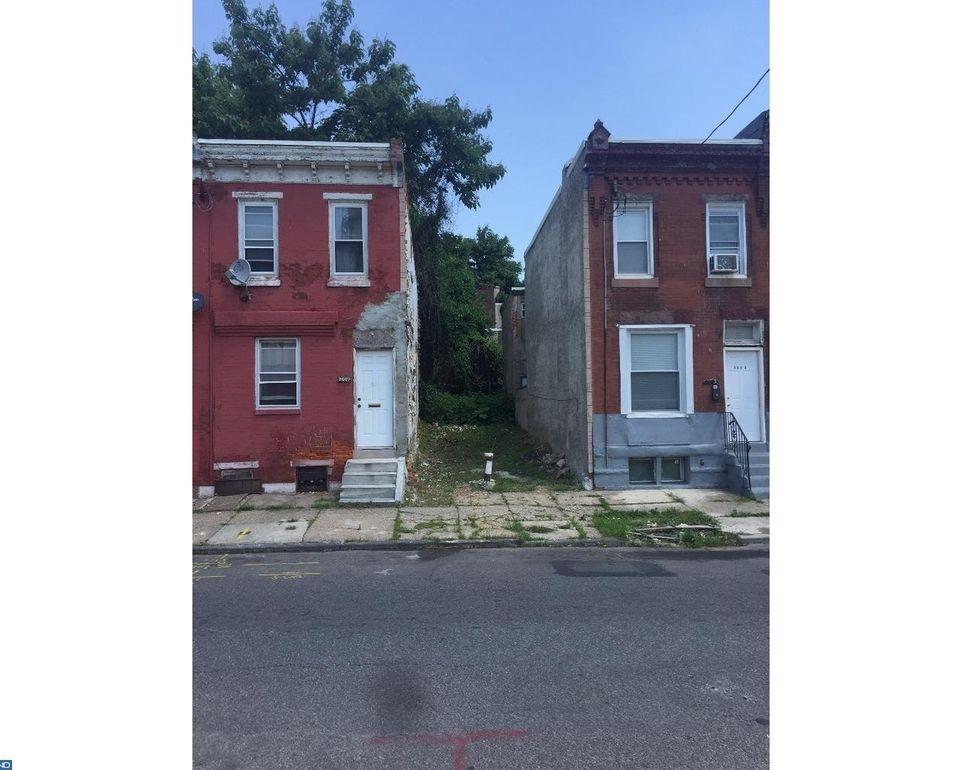 2605 W Oxford St Philadelphia, PA 19121