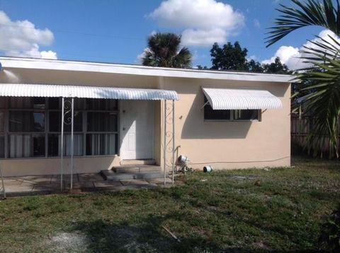 4279 Colt Ln, West Palm Beach, FL 33406