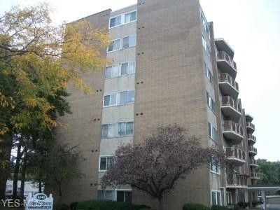 Photo of 6640 Pearl Rd Apt 607, Parma Heights, OH 44130