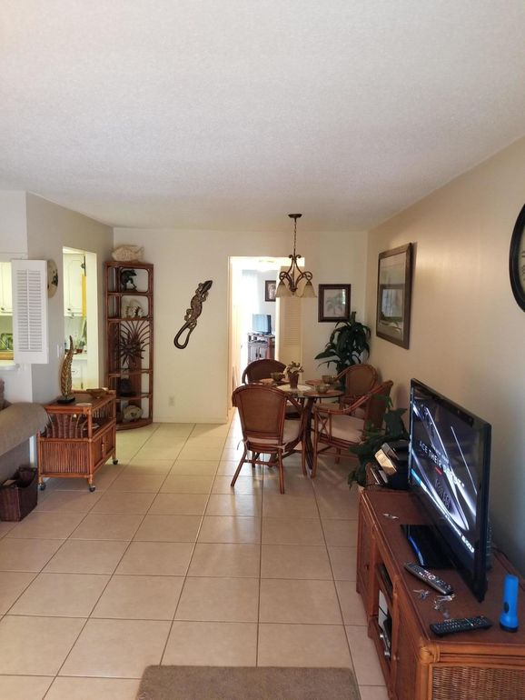 Condo For Rent 389 Windsor Q West Palm Beach Fl 33417 Realtorcom