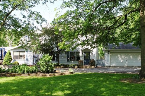 Photo of 8368 Jennings Rd, Olmsted Township, OH 44138