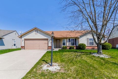 Photo of 8337 Southern Springs Blvd, Indianapolis, IN 46237