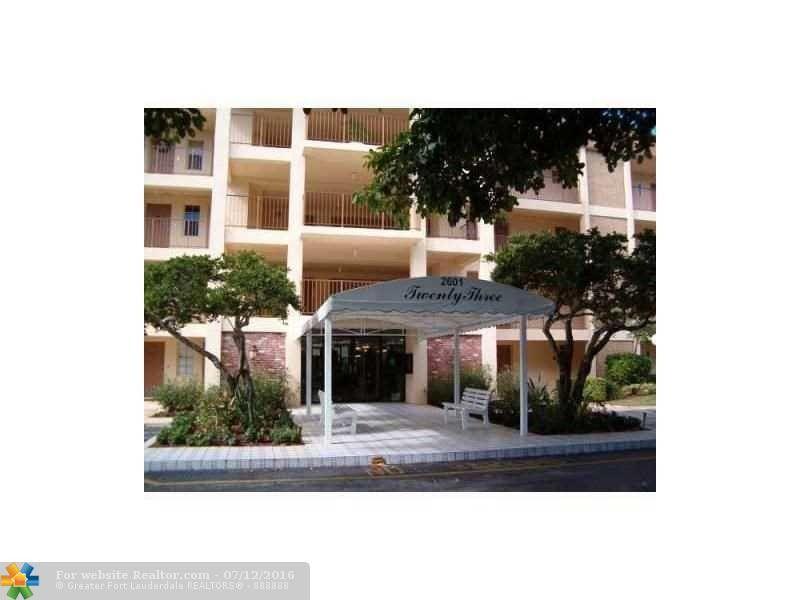 2601 S Course Dr Apt 309 Pompano Beach, FL 33069