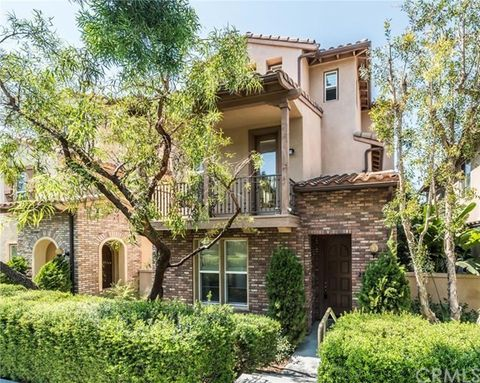 203 Tall Oak, Irvine, CA 92603