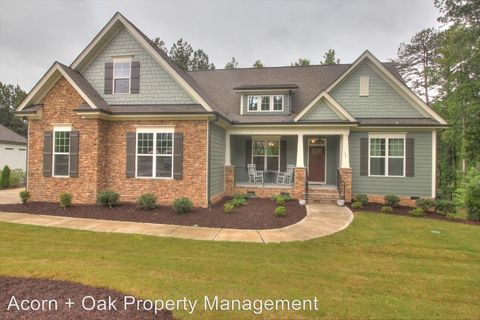 Photo of 53 Spring Hollow Ct, Pittsboro, NC 27312