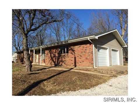 524 Howard St, Collinsville, IL 62234