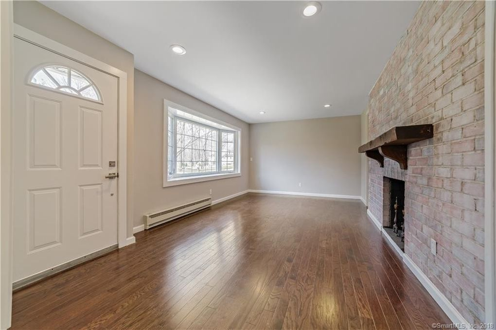 Elegant Hall Flooring Stamford Ct