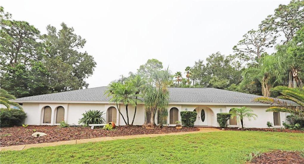219 Royal Oaks Cir Longwood, FL 32779