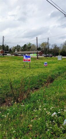 Photo of 1526 Highland Ave, Selma, AL 36701