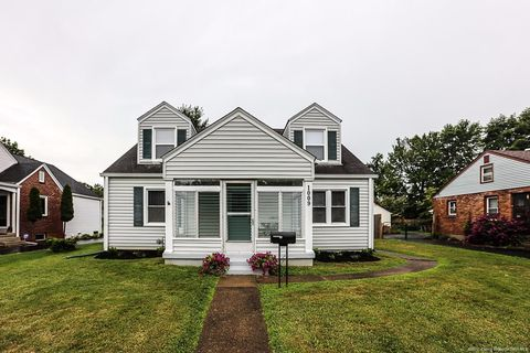 1009 Silver St, New Albany, IN 47150