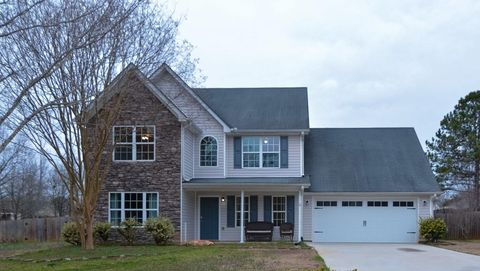 Photo of 1015 Orchard Cir, Monroe, GA 30656