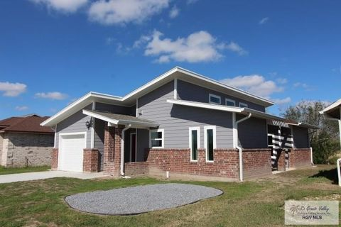 Photo of 985 Valley River St, Brownsville, TX 78520