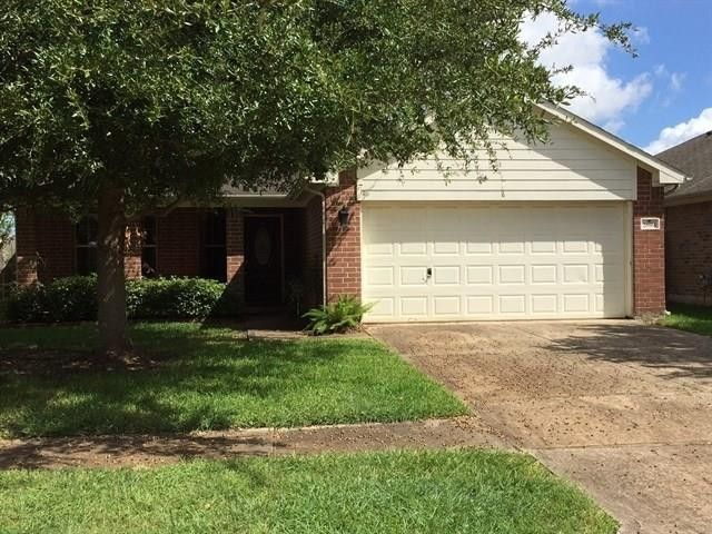 2894 Colony Cone Cir, Dickinson, TX 77539