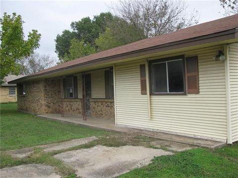 215 Birdwell Rd, Corsicana, TX 75110