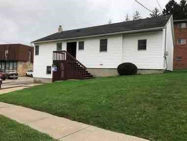 Photo of 1056 E Wood St, Clarion, PA 16214