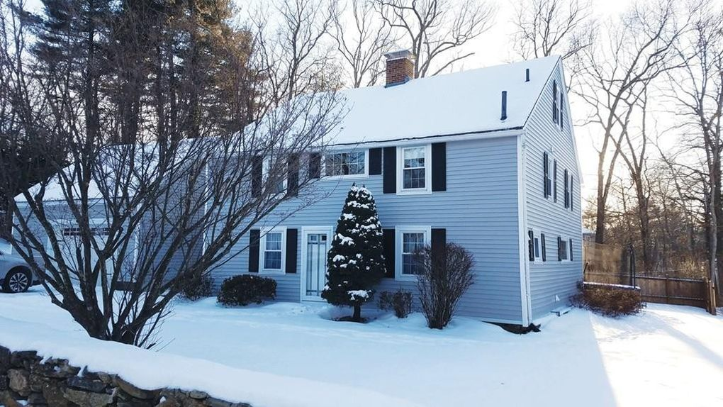 34 Dodge Hill Rd Sutton, MA 01590