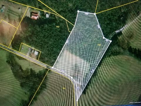 Photo of 6 Acres At Sinking Cove Rd, Sherwood, TN 37376