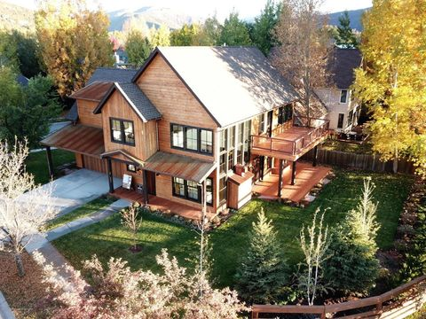 Photo of 320 Meadow Dr, Basalt, CO 81621
