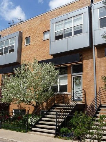 2532 W Bloomingdale Ave, Chicago, IL 60647
