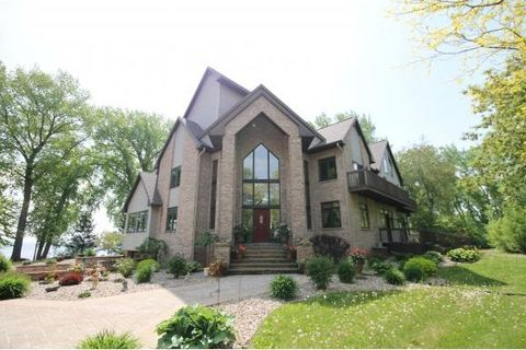 6700 Lee Harbor Ln, Town of Black Wolf, WI 54902