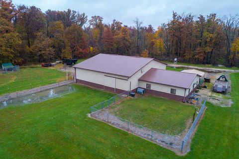 Photo of W 8338st Rd # 1, Farmland, IN 47340