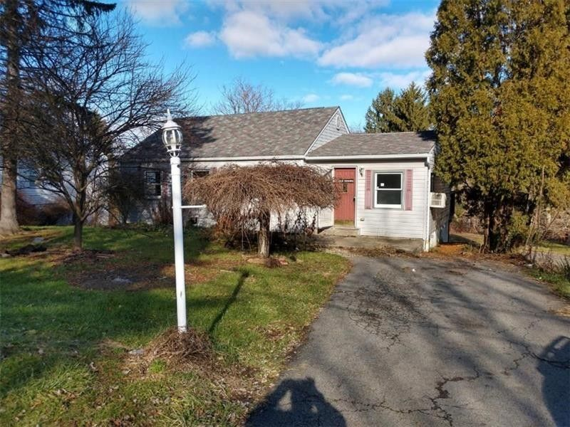 288 Todd Ln, Center Township, PA 15061