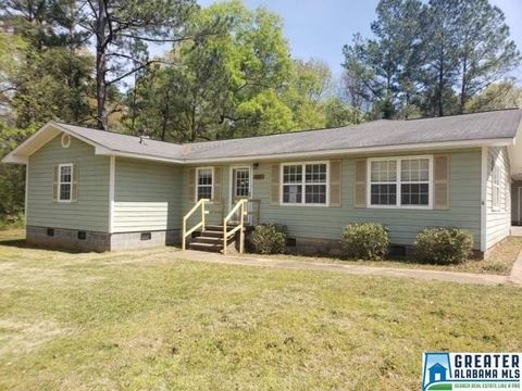Photo of 511 Sorrell Rd, Sylacauga, AL 35151