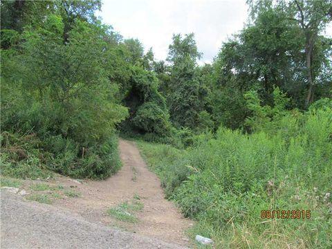 701 Transvaal, Ross Township, PA 15212