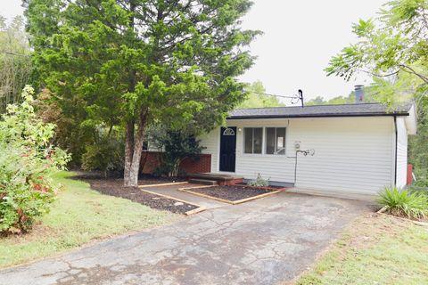 144 Highland Ave, Oak Ridge, TN 37830