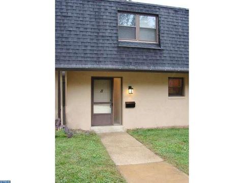 315 S Valley Forge Rd Apt 11, Devon, PA 19333