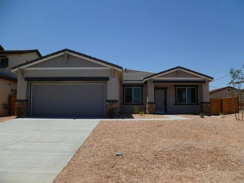 3616 Half Dome Ave, Rosamond, CA 93560