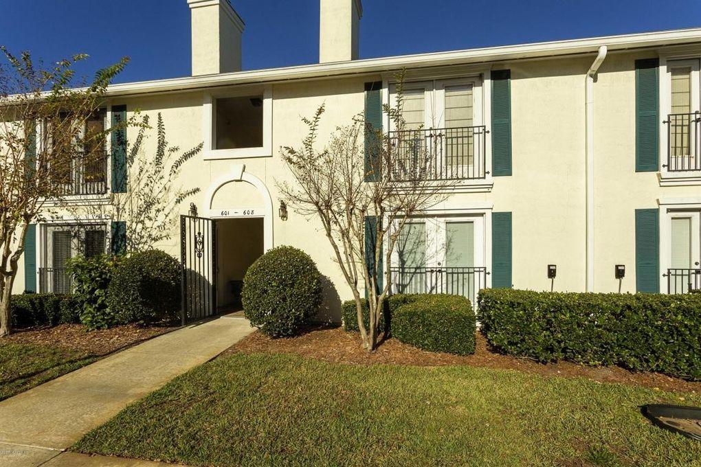 13715 Richmond Park Dr N Unit 603 Jacksonville, FL 32224