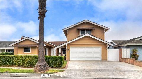 Photo of 16172 Melody Ln, Huntington Beach, CA 92649