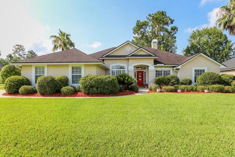 1546 Country Walk Dr, Fleming Island, FL 32003