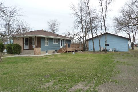Photo Of 1101 1st Ave N New Rockford Nd 58356