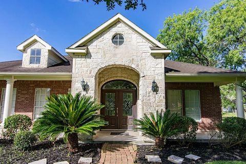 6702 Anderson Ct, Needville, TX 77461