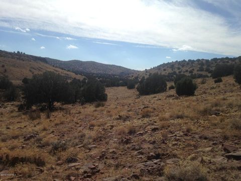 Photo of 18 Off Of Outback, Ash Fork, AZ 86320