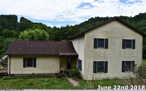 Photo of 110 Rosedale Rd, Normantown, WV 25267