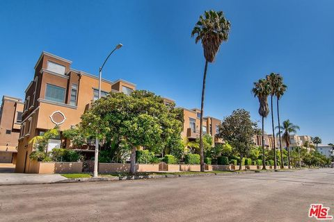 681 S Norton Ave Apt 116, Los Angeles, CA 90005