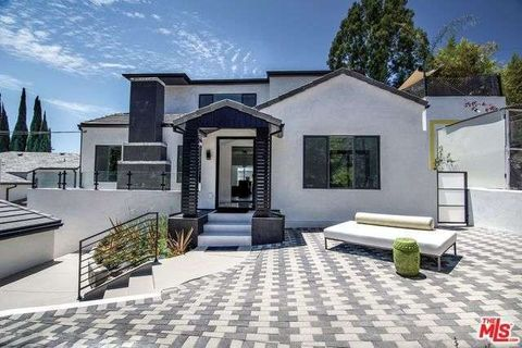 2209 Crest Way, Hollywood, CA 90068
