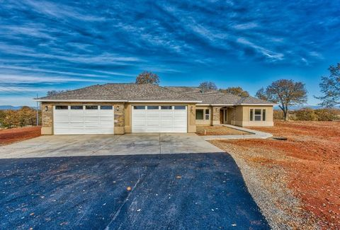 Photo of 18870 River Downs Way, Cottonwood, CA 96022