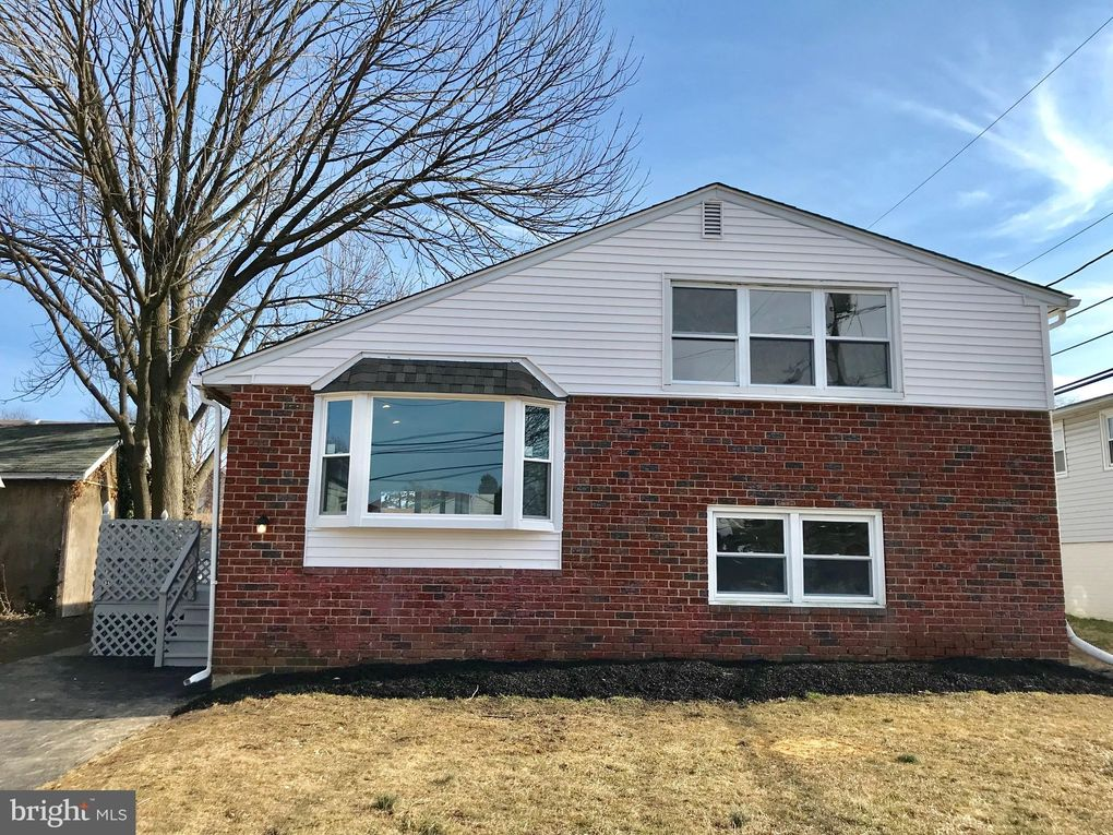 804 Willow Ave Primos, PA 19018